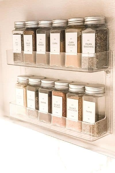 pantry inventory- organizing spices on a rack